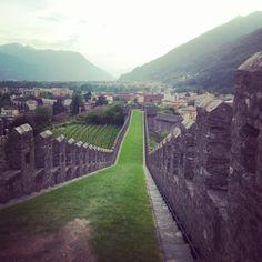 Belizonna Castle, Switzerland Switzerland, Vineyard, Sidewalk, Castle, Outdoor, Pictures, Walkways, Vineyard Vines, The Great Outdoors