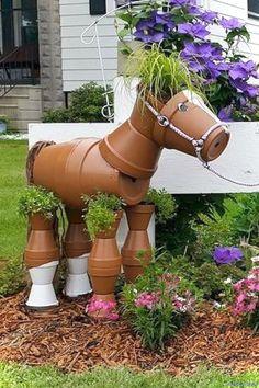DIY Garden Pots project on a budget 06 - Diy Garden Projects Clay Pot Projects, Clay Pot Crafts, Diy Garden Projects, Garden Crafts, Yard Art Crafts, Outdoor Crafts, Outdoor Projects, Flower Pot Crafts, Flower Pots