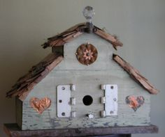 Green fence wood birdhouse