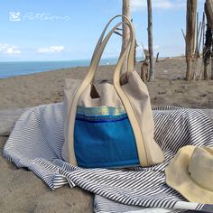 IMG_2734 Kopie Stoff, Stofftasche, Plastik vermeiden, nähen, Tasche, Shopper, 12monate12taschen, Strandtasche, Strand, Meer, blau, beige Shopper, Strand, Gym Bag, Beige, Party, Inspiration, Fashion, Sew Tote Bags, Secret Compartment