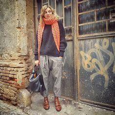 Buenos días! !!!!!! #tarracostyle #tarragona #bimbaylola #tarragona #creaporfavorcrea #modafeminina #lookoftheday #fashion #picoftheday #fandetarragona #fashionbloger #ponteguapa #taccodistante #shoes #instashoes #streetstyle #modafeminina #outfitoftheday #outfitideas