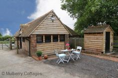 The Piggery, Brabourne, Kent - Holiday Cottage Compare