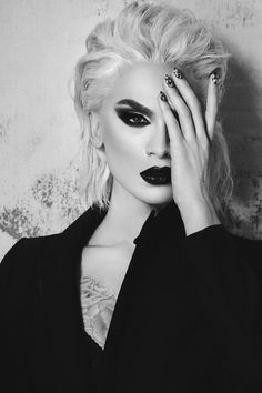 Miss Fame photographed by Alex Evans (instagram.com/imalexevans) for Dauphine Magazine