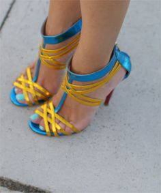 Icone caged shoes, metallic leather sandals, Fashion and Cookies