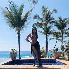 Lori has hit headlines for her ulta chic fashion taste and social life which includes traveling, events, and fashion week appearances. Christian Dior, Black Girls, Black Women, Mode Du Bikini, Lori Harvey, Bikini Outfits, Looks Black, How To Pose, Black Girl Fashion