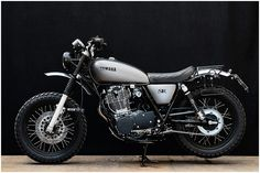 Motorbikes That Bike Lovers Will Die to Own pics) Yamaha Sr400, Yamaha Motorcycles, Cafe Racer Motorcycle, Custom Motorcycles, Custom Bikes, Ducati, Cars And Motorcycles, Guzzi, Cx 500