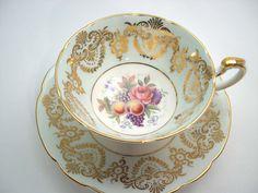 Tazza di tè di Paragon tè tazza e piattino luce di BeadsbyVince