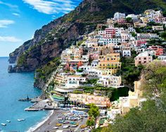 To slow down, Go to Italy, Germany or CALIFORNIA SONOMA VALLEY (Photo: funkyfood London - Paul Williams / Alamy)