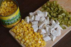 Salata cu piept de pui, porumb si maioneza - CAIETUL CU RETETE Easy Cooking, Cooking Recipes, Easy Eat, Appetizers, Meals, Vegetables, Sweet, Halle, Food