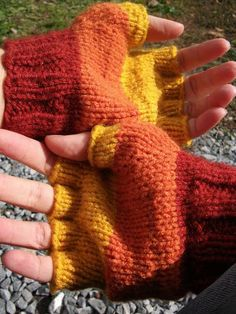 Another Whedonverse Swap: Jayne fingerless gloves by padfoot (spikefan)