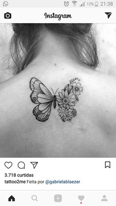 Stunning And Lovely Butterfly Tattoos And Designs - Flower Butterfly Tattoos Designs Butterflies Hovering Around Flowers Is One Of The Most Popular Tattoo Idea For Women And Girls As Butterfly Life And Girls Life Have Likeness Kiss Tattoos, Dad Tattoos, Future Tattoos, Flower Tattoos, Body Art Tattoos, Tatoos, Butterfly With Flowers Tattoo, Butterfly Tattoo Designs, Butterfly Kisses