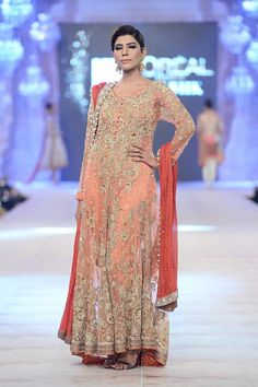 Sania Maskatiya PFDC L'Oreal Bridal Week 2014 for Women (16)