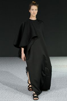 Viktor & Rolf   Fall 2013 Couture Collection   Style.com