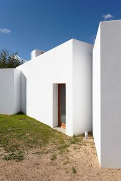 Architects: Roberto Ercilla Location: Jesús, Balearic Islands, Spain Area: 270 sqm Photographs: Xabier Durán Herrera. House in Ibiza 2 / Roberto Ercilla