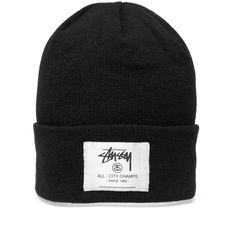 The City Champs Cuff Beanie is a great example of Stüssy using bold colours and patterns alongside classic silhouettes. This 100% acrylic features a logo print patch at the turn up cuff.   100% Acrylic Logo Print Patch Turn Up Cuff