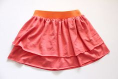I love the layered look of this skirt. Very simple to do.