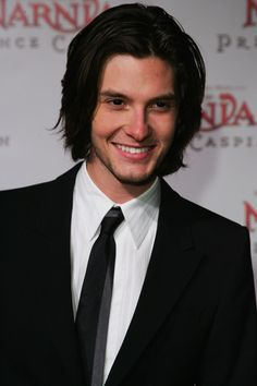 Ben Barnes attends the premiere of 'The Chronicles of Narnia: Prince Caspian' at the State Theatre on May 25, 2008 in Sydney, Australia.
