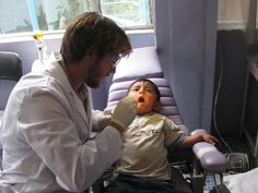 http://www.abroaderview.org Volunteer Abroad Ecuador Quito Dentist programs