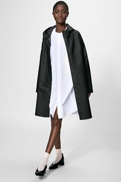 STUTTERHEIM Solna Black. #stutterheim #cloth #