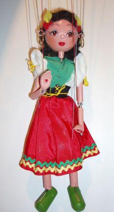 Pelham Puppets Online - Gypsy Girl