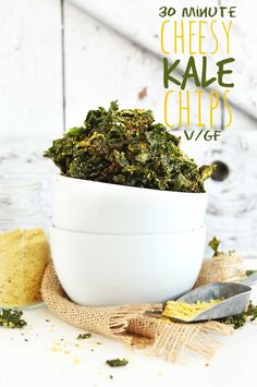 VEGAN CHEESY Kale Chips! So simple, 8 ingredients, 30 minutes, DELICIOUS! #vegan #glutenfree #recipe #snack #kale #healthy #kalechips