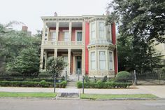This grand Bay-Front, Italianate, Victorian, Center Hall sits at the heart of the Garden District. Magnificent living and entertaining areas include large formal and informal rooms, a gourmet kitchen and wonderful patio. Beautiful architectural details are intact with amazing hardware, plaster moldings, spectacular ceiling medallions and 8 fireplaces with marble mantles and attached mirrors. One of the Garden District's special gems!