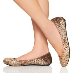 I had a pair of gold flats in hs and I loved them! I think I need these