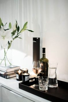 A contemporary small apartment with Swedish style Interior Design. A small space apartment, with very cozy and spacious interior. My Living Room, Home And Living, Living Room Decor, Living Spaces, Interior Styling, Interior Decorating, Interior Design Living Room, Decoration, Sweet Home
