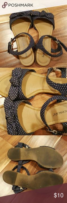 Navy Blue and White Polka Dots Sandals Very comfy polka dotted sandals. Well-loved but lots of life left. No extensive damage, just normal wear, including dirty soles and some mild scruffing as seen in pictures. No size marked on sandals, but I remember they are an 8. Shoes Sandals