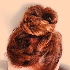 Its a braided topknot ! #braid #hair #topknot #bun #wakeupandmakeup