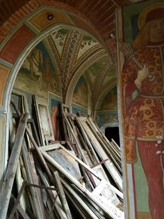 Abandoned Art . Italy