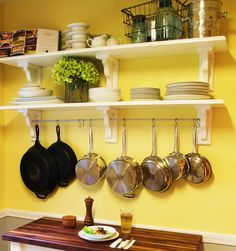 Kitchen wall rack: kitchen shelving with pot rack. Kitchen Wall Rack, Kitchen Shelves, Kitchen Redo, New Kitchen, Kitchen Storage, Kitchen Remodel, Kitchen Dining, Kitchen Ideas, Kitchen Small