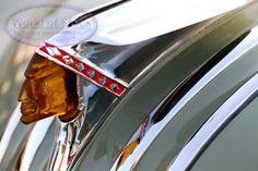 Hood  Ornament  do  Pontiac  ChiefTain  -  1950