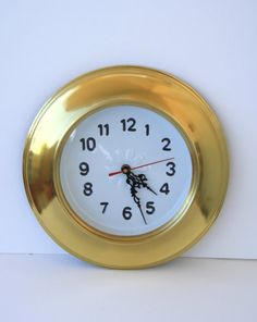 Brass clock to hang on the wall. by ilgarganello on Etsy