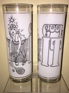 2 VINTAGE 1977 COOL IT Superior Collection Series Character Frosted Glasses HTF