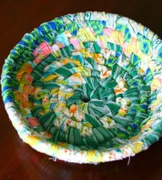 Wrapped Fabric Bowl, made from scraps. Wouldn't this be cool for Mother's Day, filled with homemade soaps and lotions?