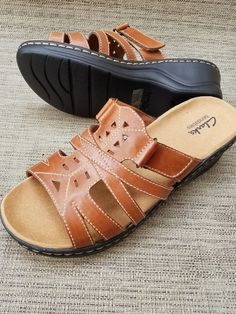 b673b339d23a Clarks bendables leather adjustable sandals size 8.5 wide  fashion   clothing  shoes  accessories