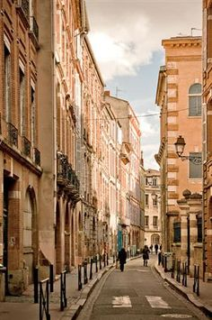 Rue des Mages - Toulouse, France  | by ©...