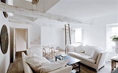 Images of interior designer Jacqueline Morabito's beautiful whitewashed house   in Provence, France.