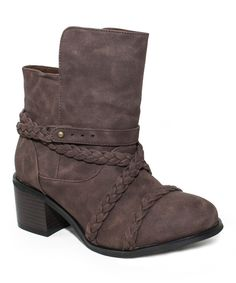 Look at these adorable chunky heeled Brown Brianna Boot on sale for only $26.99 with my link for a limited time at #zulily today!