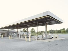 Photographer captures 26 abandoned gasoline stations across America Old Gas Stations, New York Photographers, Abandoned, Pergola, Outdoor Structures, America, Photography, Image, Creative