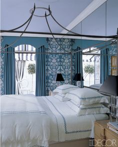 Elle Decor - that bed.