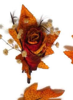 Perfect boutonniere for a fall wedding