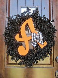 25 fall wreath tutorials.  My poor eyes did spy a Mizzou themed one, oh well the rest are amazing.