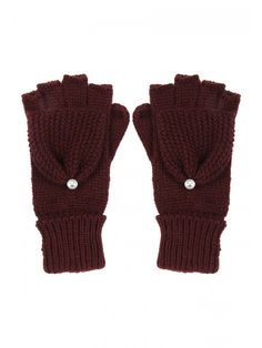 Add an element of chunky knitwear to your accessories collection with these women's gem trim fliptop gloves. With ribbed cuffs and an optional fingerless or ...