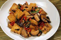 Black bean recipe: Vegetarian Hunan-style tofu  Total time: 1 hour, 10 minutes  http://www.latimes.com/food/la-fo-black-beans-rec3-20120428-story.html