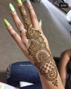 Mehndi is something that every girl want. Arabic mehndi design is another beautiful mehndi design. We will show Arabic Mehndi Designs. Henna Hand Designs, Mehndi Designs Finger, Latest Arabic Mehndi Designs, Mehndi Designs For Girls, Mehndi Designs For Beginners, Mehndi Design Pictures, Mehndi Designs For Fingers, Unique Mehndi Designs, Beautiful Mehndi Design