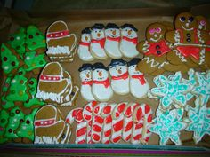 Iced Mitten Christmas Cookies