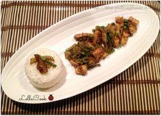 Pollo al Curry con riso basmati, piselli e zucchine - http://blog.giallozafferano.it/lellacook/pollo-al-curry-con-riso-basmati-piselli-e-zucchine/