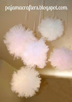 Tulle Pom Pom Tutorial... hang from playroom ceiling